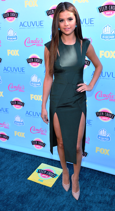 Selena Gomez-TEEN CHOICE AWARDS 2013