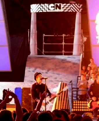hall of game awards fall out boy peter wenz