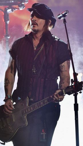 johnyy depp does it all performs in his band Hollywood Vampires